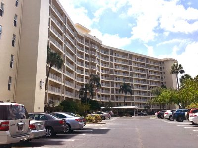 Palm Aire Building 52 Condo Apartments South Florida